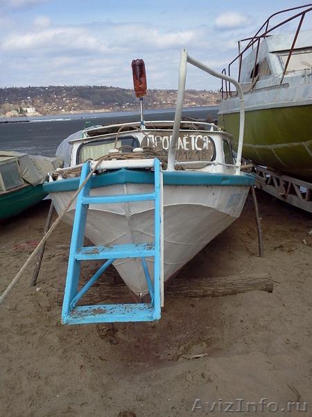 продам двигатель на лодку гулянку